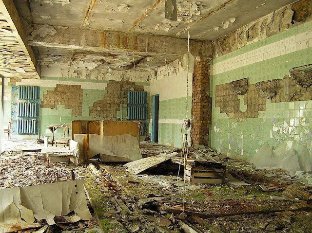 La catastrophe de Tchernobyl est un accident nucléaire qui s'est produit le 26 avril 1986 dans la centrale nucléaire Lénine, située en Ukraine, qui faisait partie à l'époque de l'URSS.