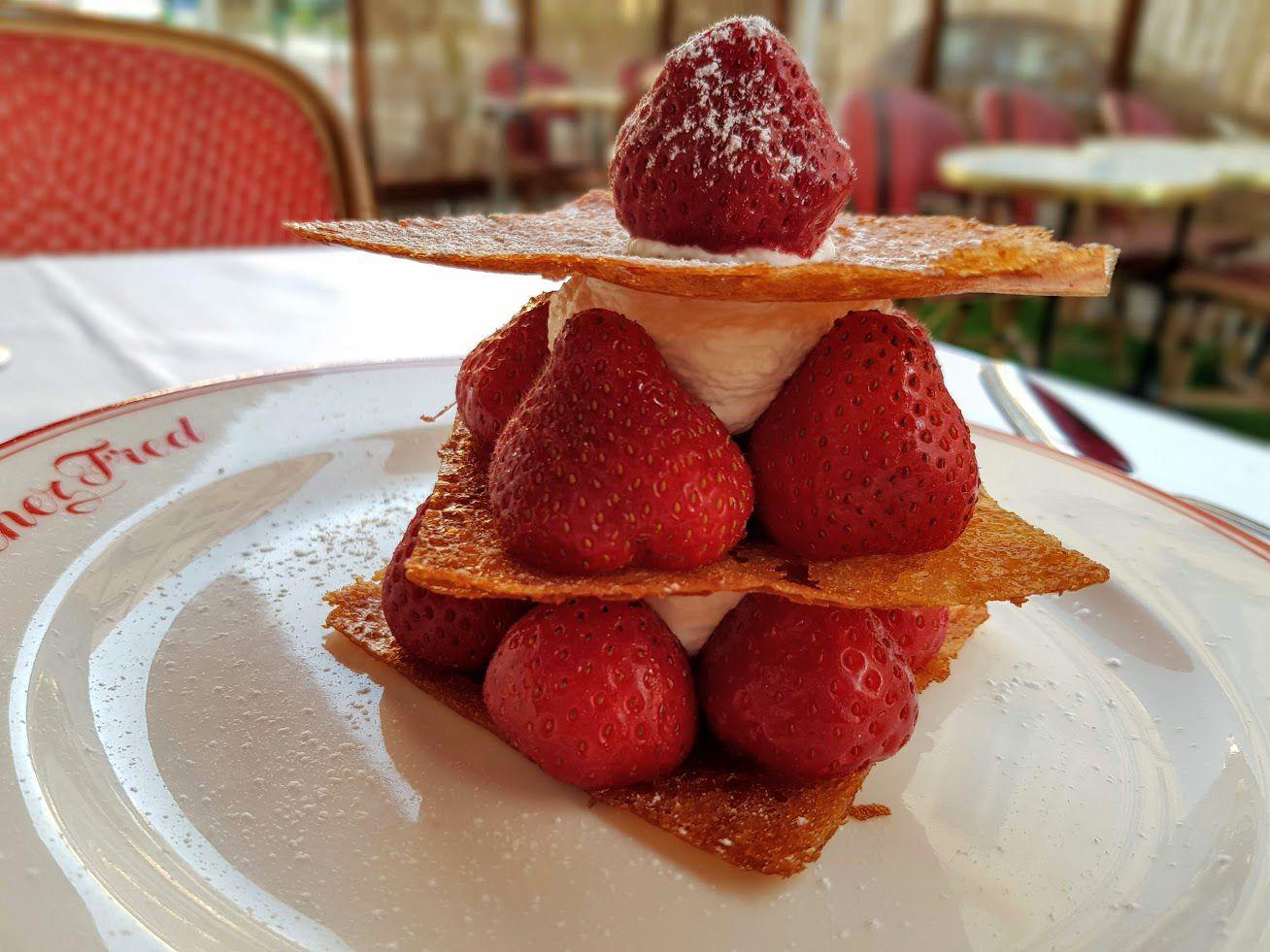 Mille feuille de gavotes, mara des bois bio chez Fred restaurant Paris 17