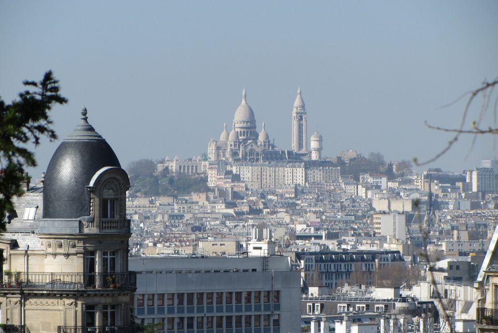 Paris Buttes Chaumont Le Belvédère