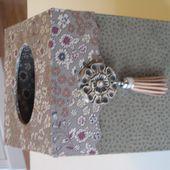 Boîte à mouchoirs - Petites Chroniques de la Rose Pourpre