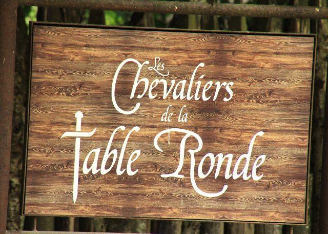 Chevaliers table ronde Puy du Fou