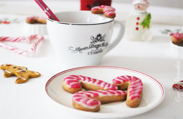 Candy cane christmas biscuits