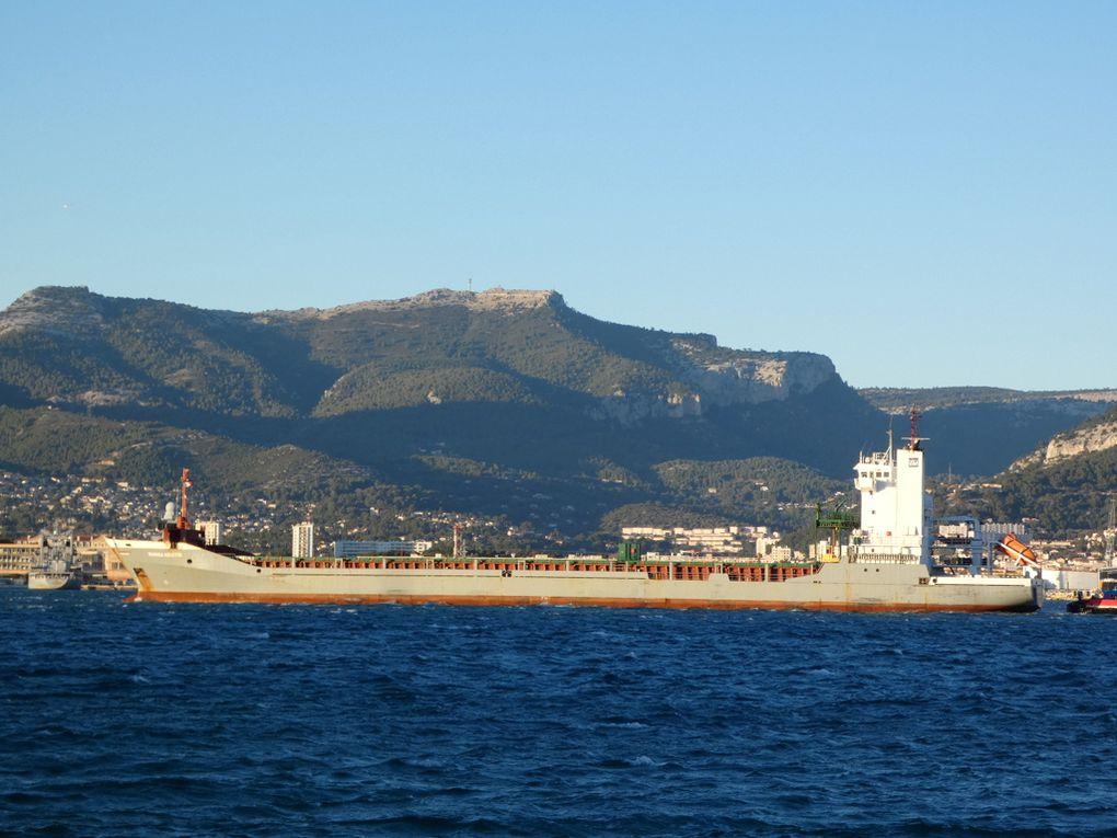 MANISA  KRISTIN , arrivant en petite rade de Toulon et se dirigeant vers la Seyne sur mer le 21 janvier 2021