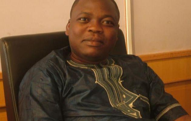 """""""Toi le vrai porteur du drapeau Centrafricain"""" a dit Yvon Martial en encouragement à Romain SATO (Final Four de l'Euroligue)"""