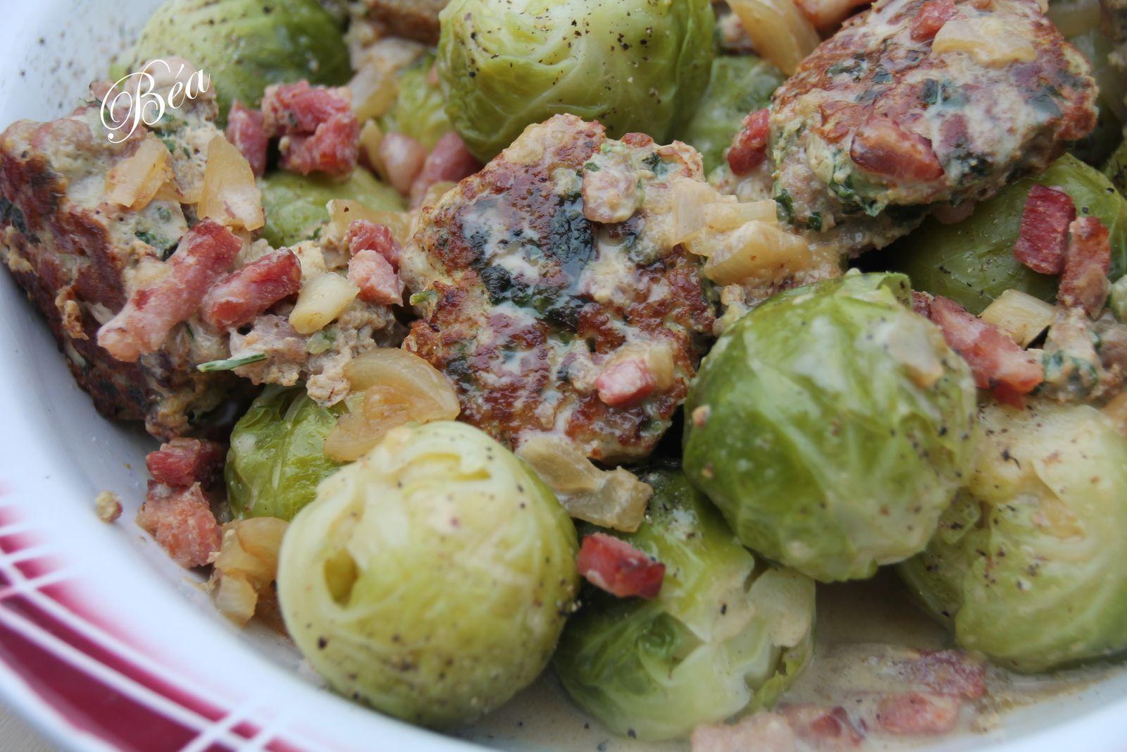 Poêlée de choux de Bruxelles aux boulettes de porc aux herbes