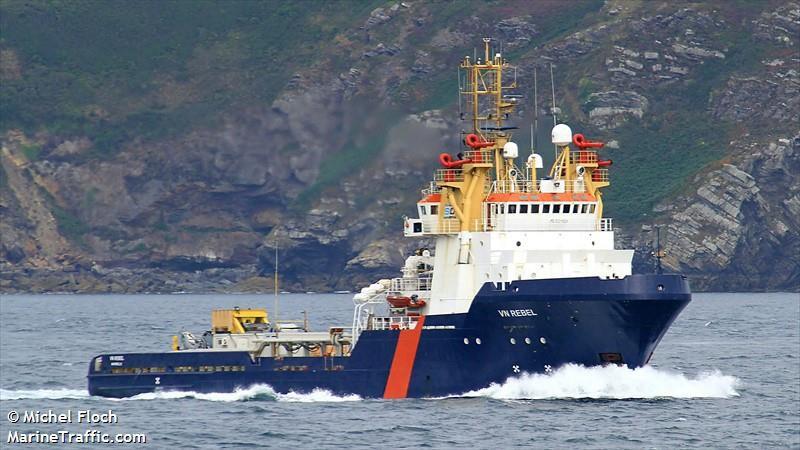 Le VN Rebel, 80m de long, premier navire SANS pilote à obtenir un permis de navigation en France