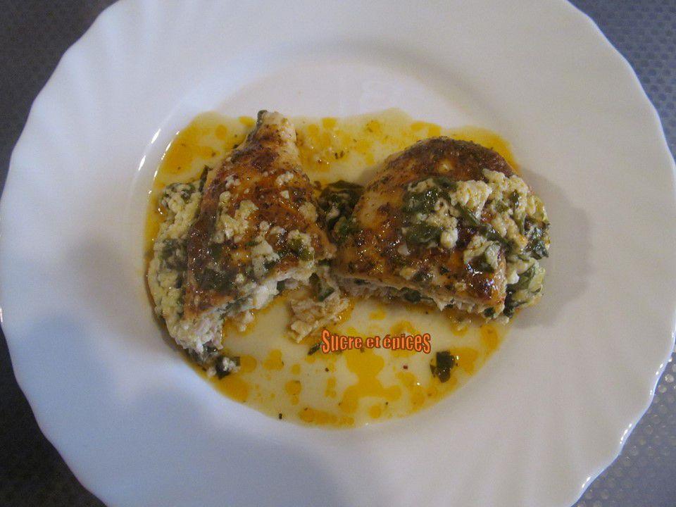 Blancs de poulet farcis aux épinards et fromage frais de chèvre - recette en vidéo