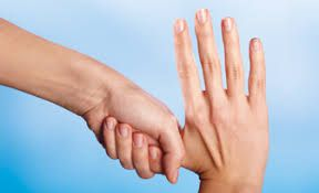 Comment se désinfecter les mains! How to disinfect your hands!