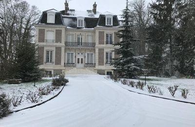 château sous la neige