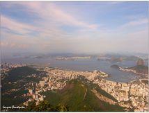 La baie de Rio offerte au Christ Rédempteur
