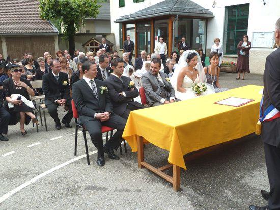 4 juin 2011, Claire et Nicolasz s unirent pour la vie  Le Pelerin