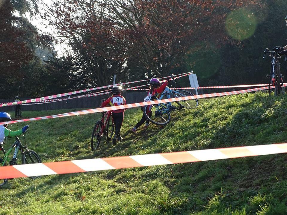 Album photo du cyclo-cross école de vélo de Thoiry (78)