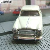 PEUGEOT 403 GRAND LUXE 1964 COULEUR CREME 1/43 SOLIDO - car-collector.net