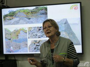 Présentation d'El Escondido par la géologue Maria Luisa Monsalve - photos Observatorio Vulcanologico y Sismologico de Manizales