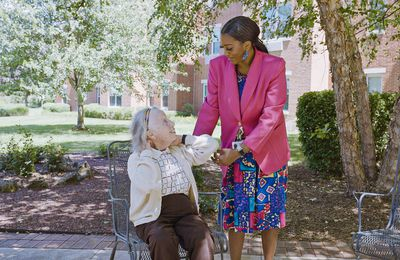 Understanding the Difference Between Assisted Living and Independent Living