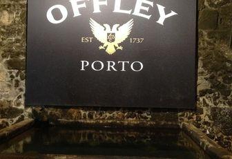 A Porto, on boit du Porto ... suite ...