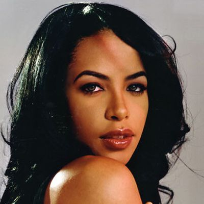 Aaliyah ; Biographie, Discographie, Music, Photos, Vidéos | Worldzik