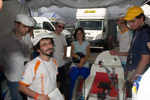 Photos de l'édition 2007 de l'European Shell Eco-Marathon.Cet album sera agrandi au fur et à mesure de la récupération des photos des différents membres de l'équipe.- Retour au sommaire -