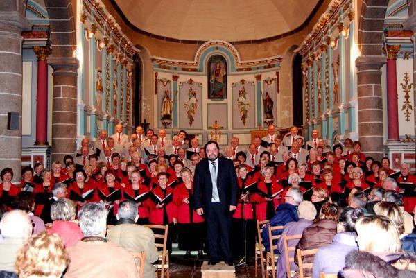 Concert donné en Mars 2008  par la Chorale de la Côte des Légendes à Landéda, au profit de la SNSM