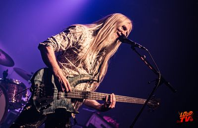 Photos de MARKO HIETALA (Bassiste de NIGHTWISH)  à La Machine du Moulin Rouge (Paris)