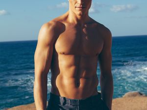 Oliver Cheshire par Christian Oita ! more ... and more ..