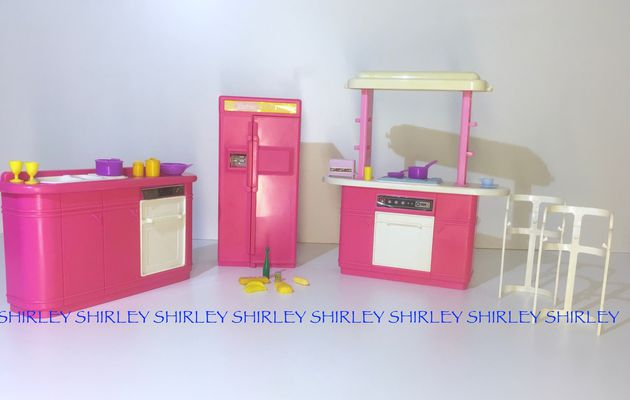 KITCHEN PLAY SET 1990