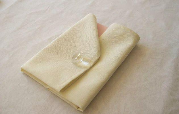 Pliage de serviette : La veste