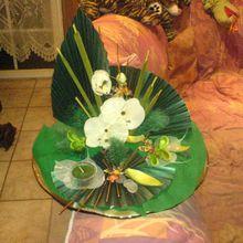 2200- Décoration de table (fait main) vert avec orchidée Fr. 75.--