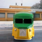 "FOURGON CITROEN TYPE H ""LAMPE MAZDA"" DINKY TOYS REEDITION ATLAS 1/43 - car-collector.net"