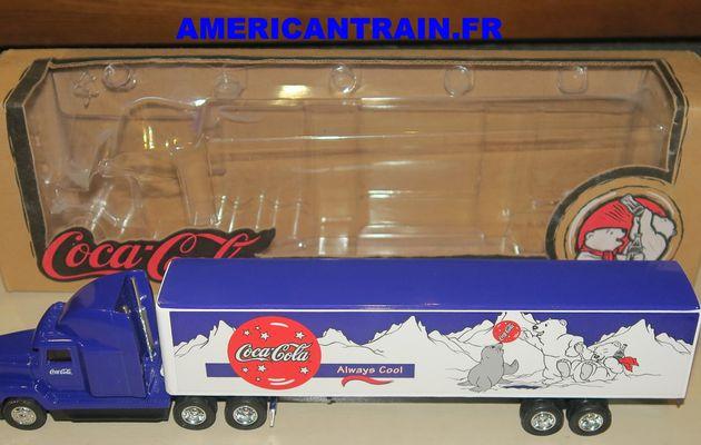 Semi-remorque Américain Freightliner « Coca-Cola » 1/64 ERTL