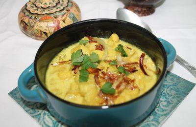 Soupe de chou fleur au curry - visages indiens