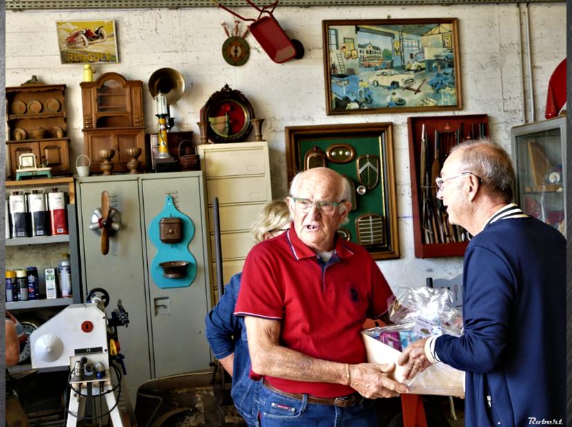 12 Sept - Visite d'une formidable collection de jouets anciens dont une collection de voitures à pédales.