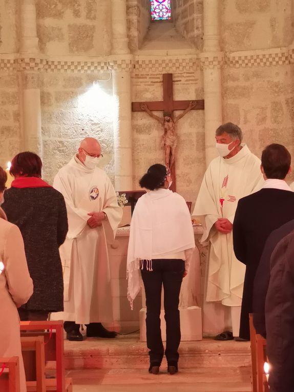 merci de cliquer ci-dessus pour faire défiler les photos du baptême et des confirmations...