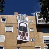 Le groupuscule d'extrême droite Bastion Social a occupé le toit de Forum Réfugiés