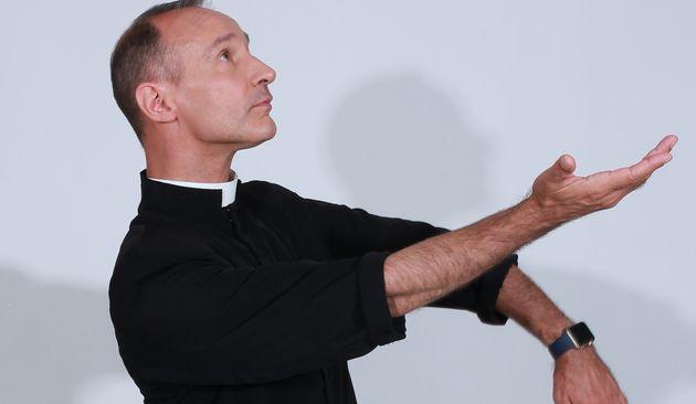 « Nous ne sommes pas des anges, nous sommes incarnés ». Interview de Franck LEGROS, prêtre du Diocèse d'Evreux