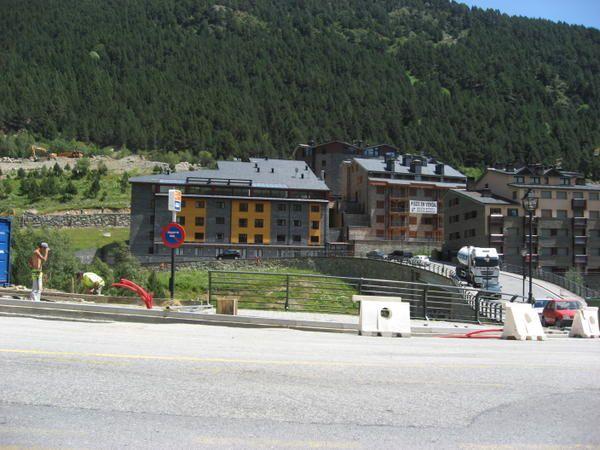Principauté d'Andorre Photos: ©Emmanuel et Mariela 2007 M. et Em. presse