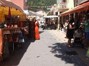 Le marché de st Andre les Alpes 11 juillet