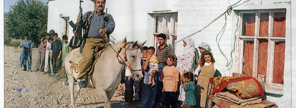 Anatolian Tribes, between Folklore and Politics