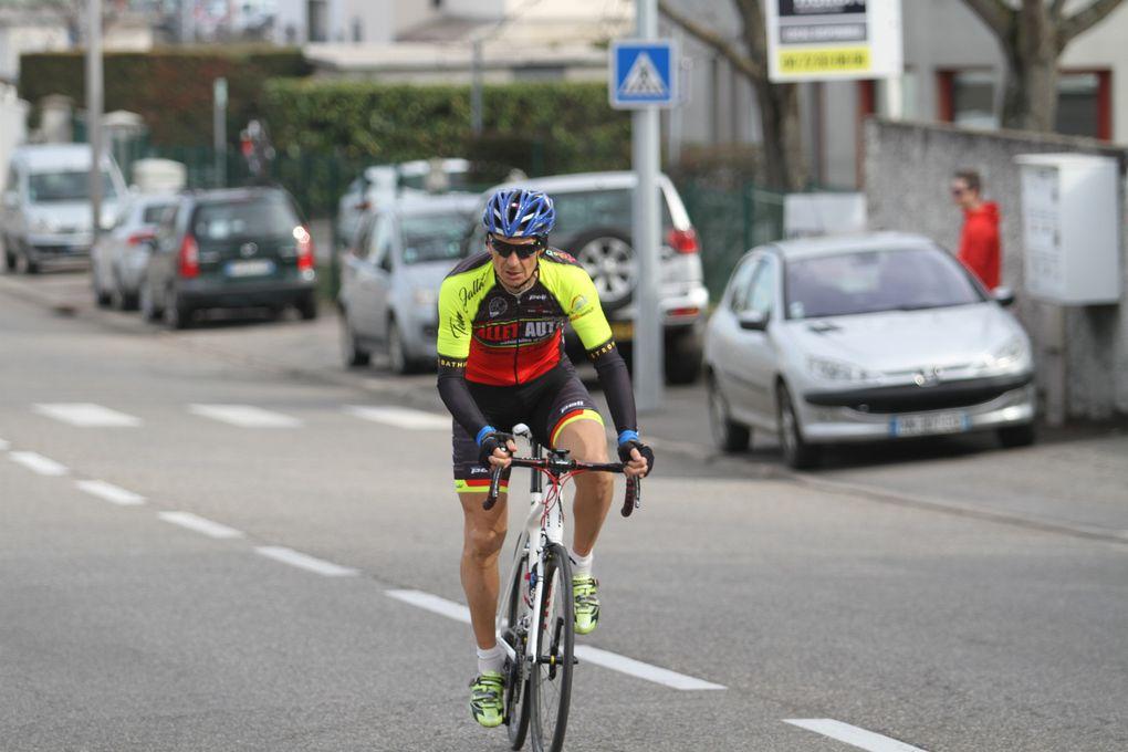 Trois cent sept coureurs ont participé au GPO de l'Amicale Cycliste du Moulin à Vent
