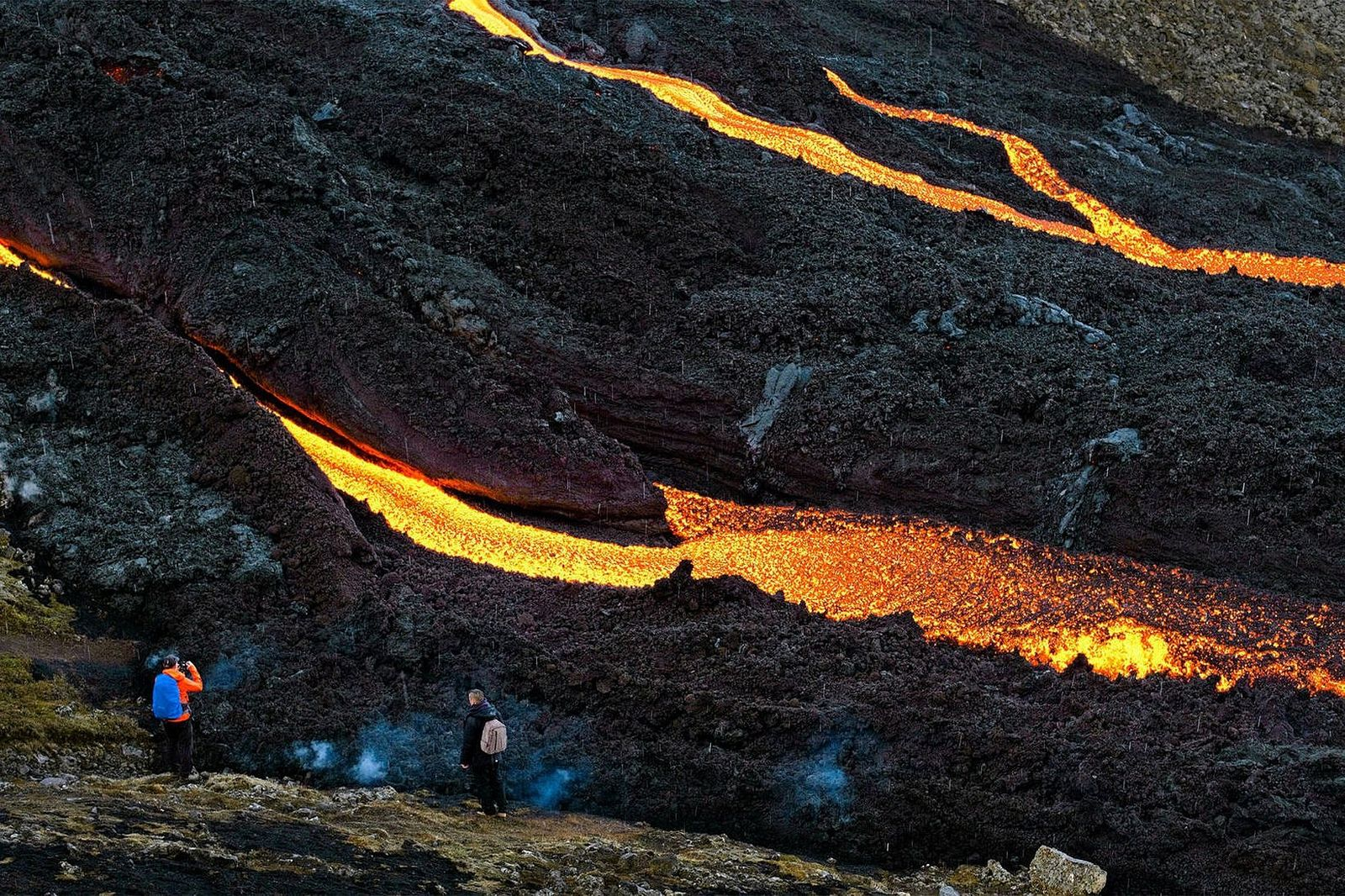 Fagradalsfjall eruption - 08.21.2021 - lava as it enters Nátthaga; it will again be easier to observe - photos mbls