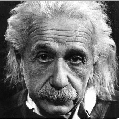 Odifreddi - Einstein e la relatività - LA TEORIA INFICIA IL RISULTATO, MA UNA TEORIA BISOGNA P0UR AVERLA??!!