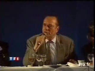 """Les meilleures blagues racistes du Gri-Gri : """"Le bruit et l'odeur"""" par Chirac"""