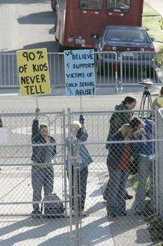 Manifestation contre les abus d'enfants USA