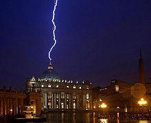Rayo en el vaticano