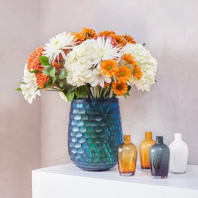 Satisfy your Family and love with Freshly Arranged Flowers Online