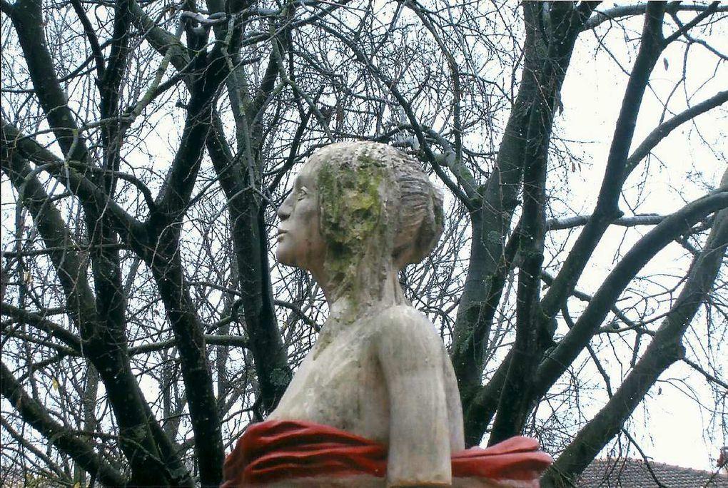 Lisette, sculpture-fontaine , 2006-2007-Barjac-