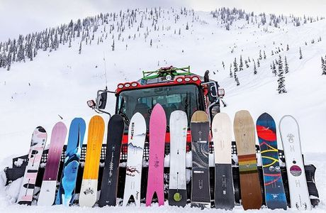 Expert Advice on How to Choose the Best Snowboard for Your Next Adventure