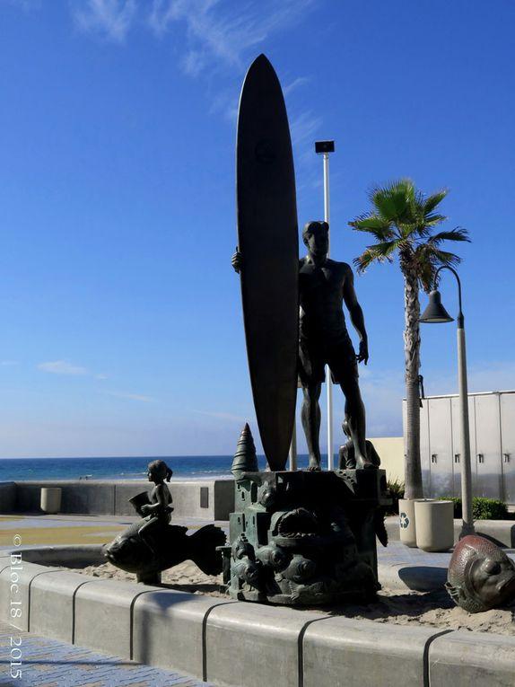 "San Diego Airport, Point Loma (Shelter Island), Seaport, Downtown, les plages, La Jolla Cove, Old Town, USS Midway Museum, Maritime Museum (""Star of India"", caravelle ""San Salvador"", sous-marin soviétique, ""Surprise"", sous-marin américain )"
