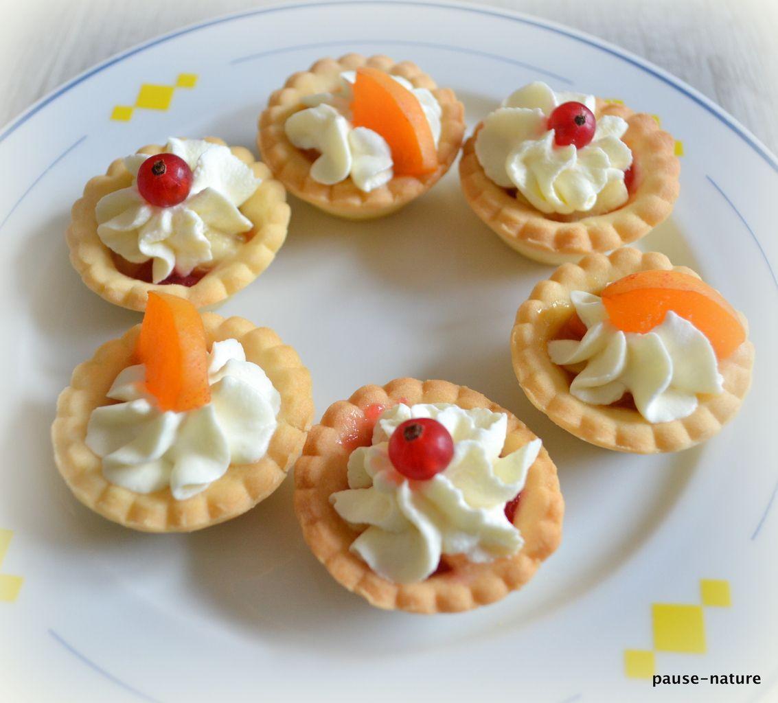 Mini-tartelettes abricots ou pêche-groseilles