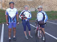 Philippe, Annick, Marie-France ; Olivier ; Odile, Jean-Yves et un intrus à gauche qui n'est autre que l'ombre de lui même..